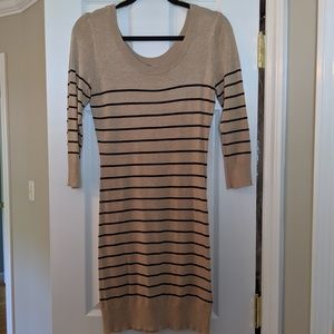 H&M long sleeve knee length dress